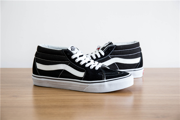 a28e0e45e35e Free Shipping vans old skool Classic SK8 Mid classic black and white Unisex Sneakers  shoes