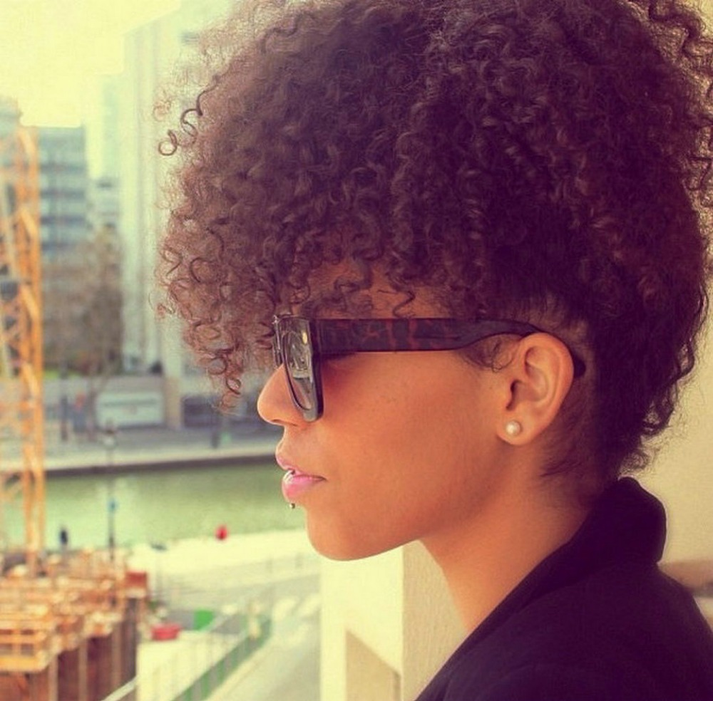 curly afro ponytail - 800×860