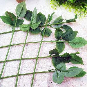 Image 2 - Article 10 PCS (33 cm /) simulation of artificial plastic stem leaves rose stem/silk/wedding decoration holding a rose flower