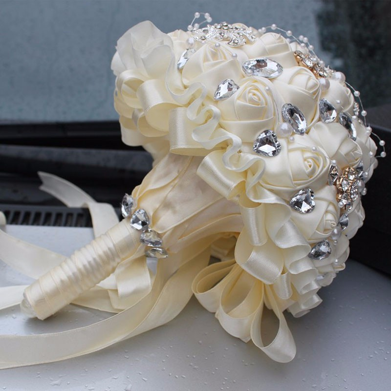 Best-Selling-Price-Ivory-Cream-Brooch-Bouquet-Wedding-Bouquet-de-mariage-Polyester-Wedding-Bouquets-Pearl-Flowers (5)
