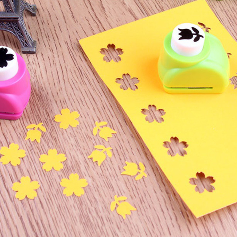 1 PCS Kid Child Mini Printing Paper Hand Shaper Scrapbook Tags Cards Craft DIY Punch Cutter Tools 8 Styles HOT