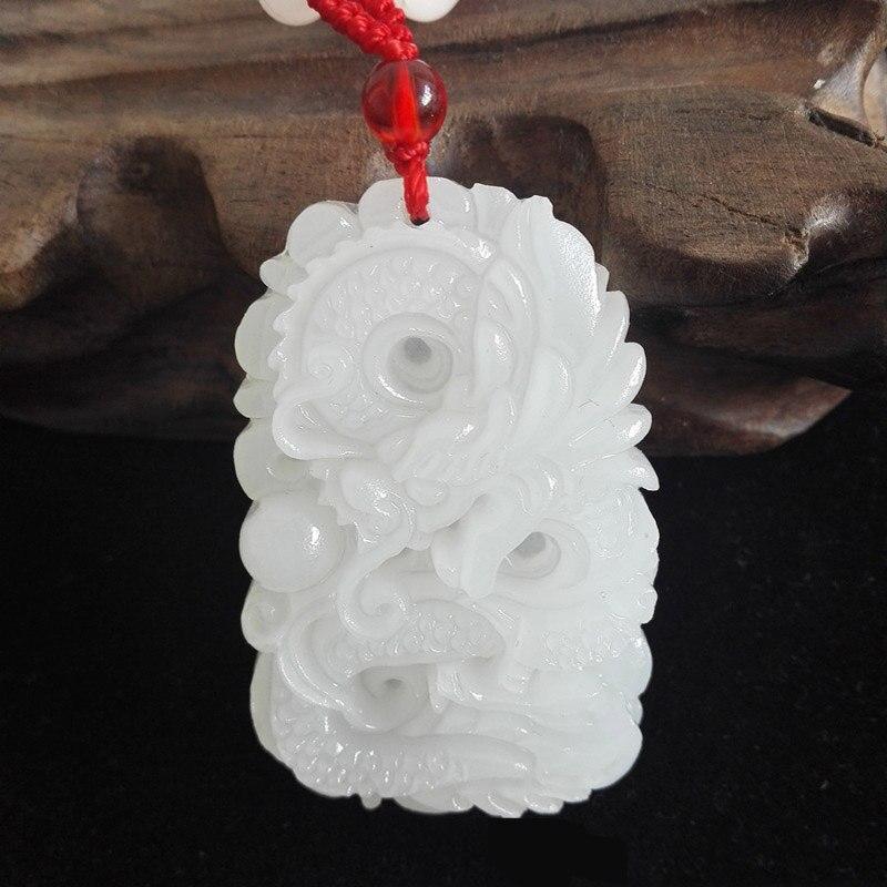 Natural Afeganistão branco Mão de pedra Esculpida Pingente de Dragão Do Zodíaco Pingente de pedra Colar de Jóias Frete Grátis