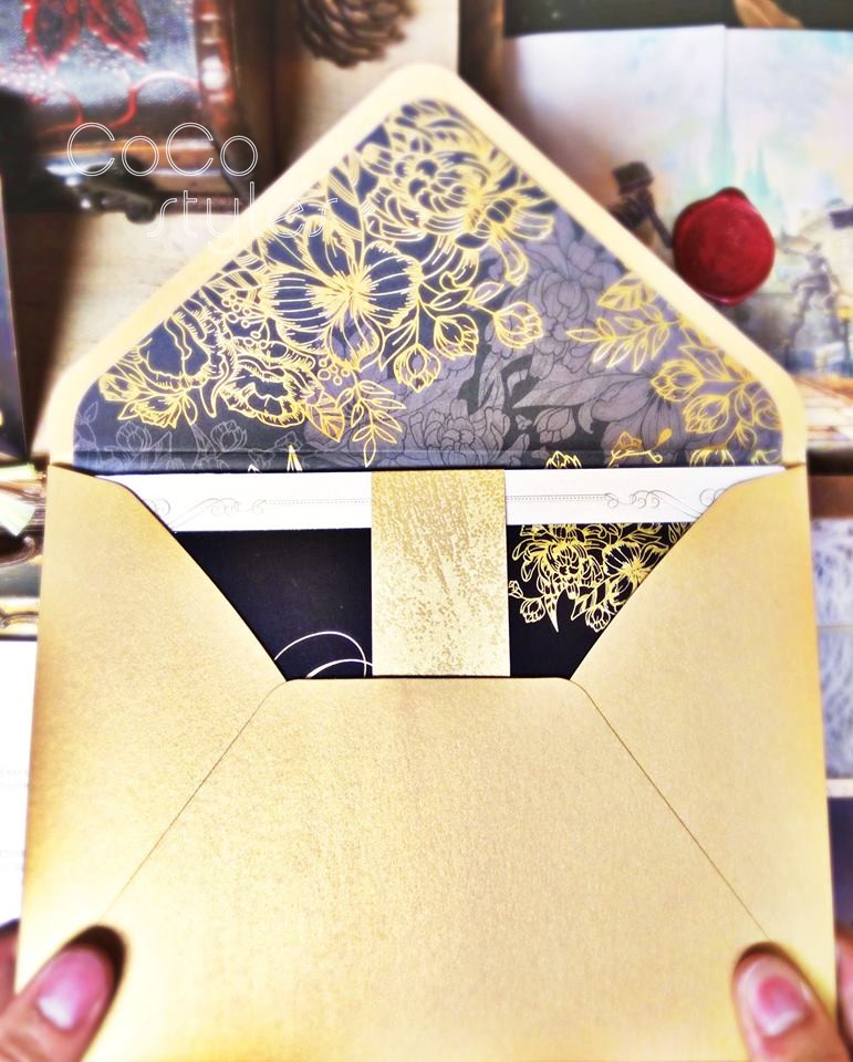 vintage two colors foiling wedding invitation card with gold foiling liner envelope