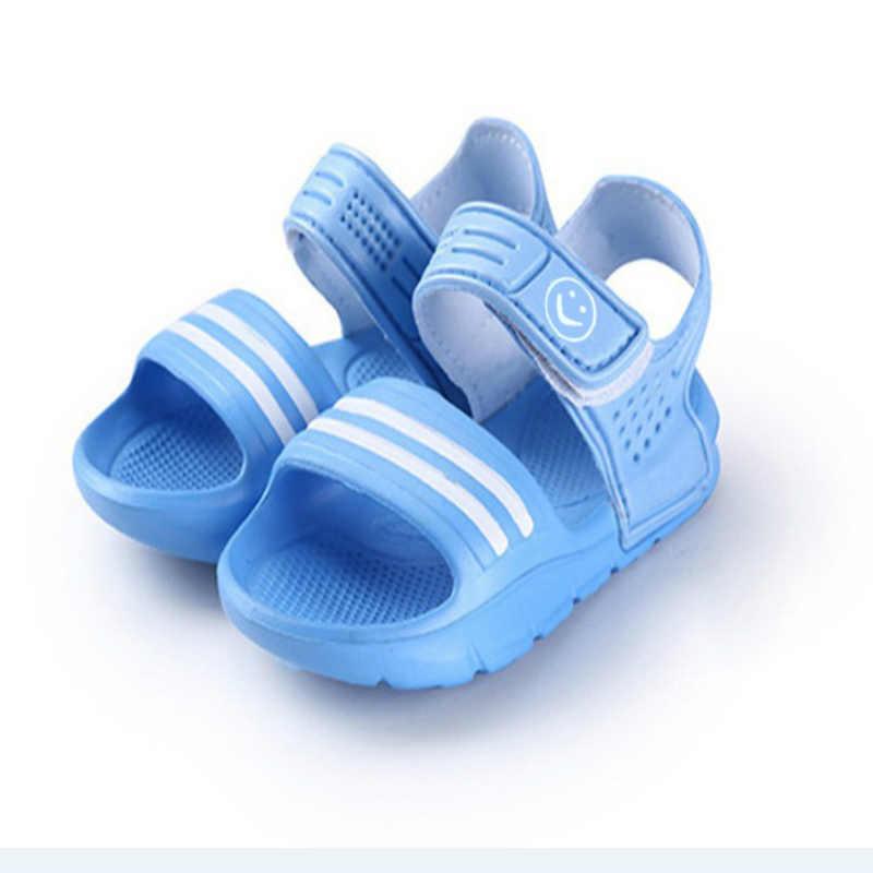 Niños niños niñas verano playa Sandalias planas informales niños Bebé Zapatos transpirables PVC Stripe playa sandalias