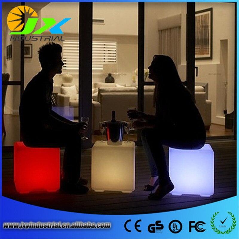 Extérieur étanche Cube chaise Rechargeable LED veilleuse RGB télécommande lampes piscine bar table café ktv hôtel décor éclairage