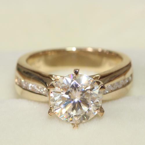 4.5 MM de ANCHO Sólido 14 k Oro Amarillo 585 d 2 Carat Laboratorio Crecido Moissanite anillo de Bodas de Compromiso Del Anillo de Diamante Real Acentos de diamante