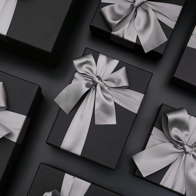 Luxury Gifts Bags to Someone Special Friend Christmas Birthdays Presents Black