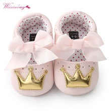 Летняя детская обувь для новорожденных девочек с мягкой подошвой, повседневные хлопковые туфли с короной для принцессы