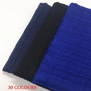 Image 5 - ขายร้อน crinkled ยืดหยุ่นผู้หญิงผ้าพันคอ/ผ้าพันคอนูนตารางผ้าคลุมไหล่นุ่มเหนียวมุสลิม hijabs wraps 10 ชิ้น/ล็อต FAST การจัดส่ง