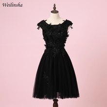 Weilinsha дешевые с коротким рукавом коктейльные платья с круглым декольте кружева аппликация А-силуэта вечерние платья Маленькое черное платье