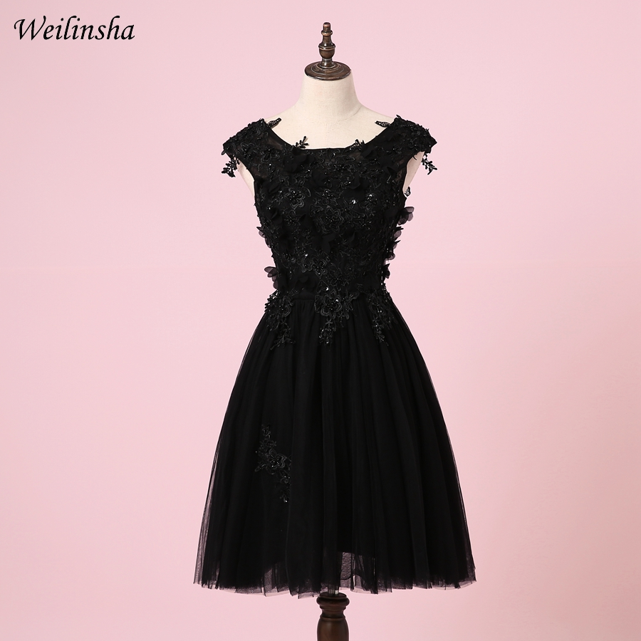 Weilinsha Cheap Cap Sleeve Short   Cocktail     Dresses   Scoop Lace Applique A-line Party Gowns Little Black   Dress