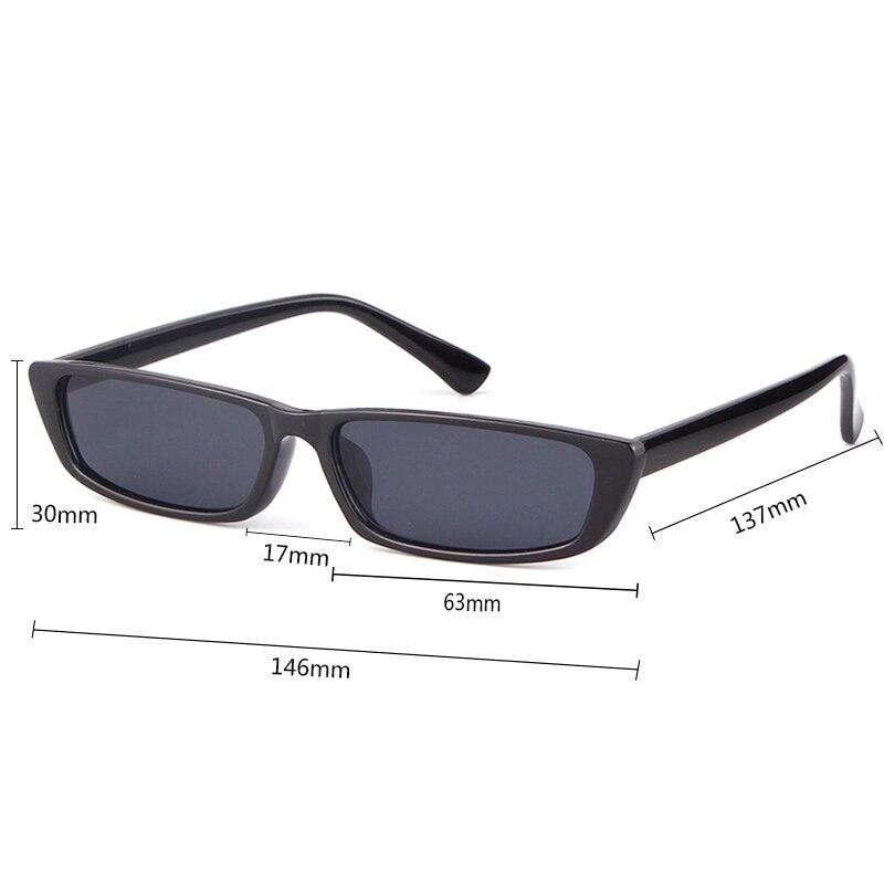 QUE GRACINHA 2018 Preto Retangular Quadro de Óculos De Sol Das Mulheres Dos  Homens Pequeno Leopardo Branco Do Olho de Gato Do Vintage Óculos de Sol  Retro ... 0d45cb20e3