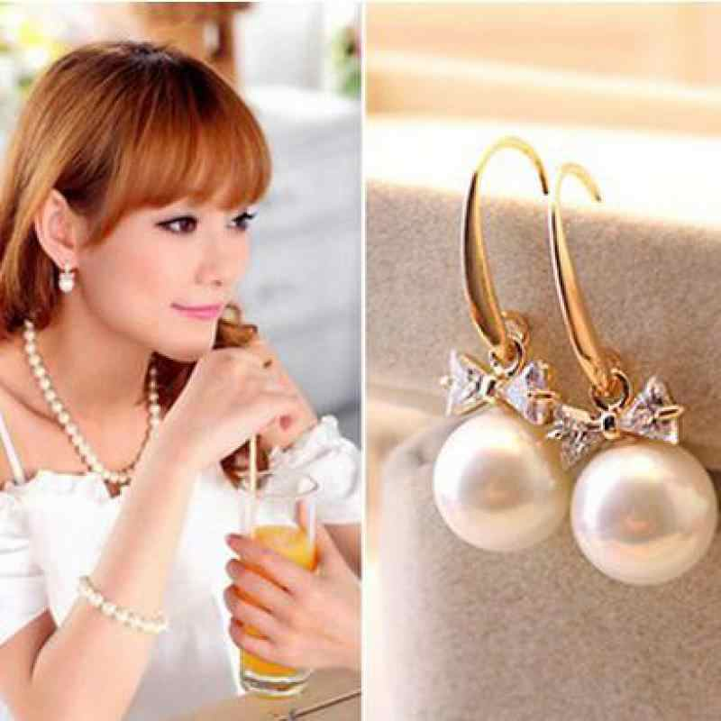 Korean High-end Fashion Charm Harmonie Zircon Circle Imitation Pearl Bow Earrings Female Jewelry Wholesale  Rhinestone Earing
