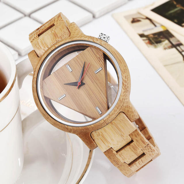 Mens Wooden Watches Hand-Made Engraved Inverted Triangle Wood Watch Men Women Creative Quartz Watch Gifts relogio masculino 2