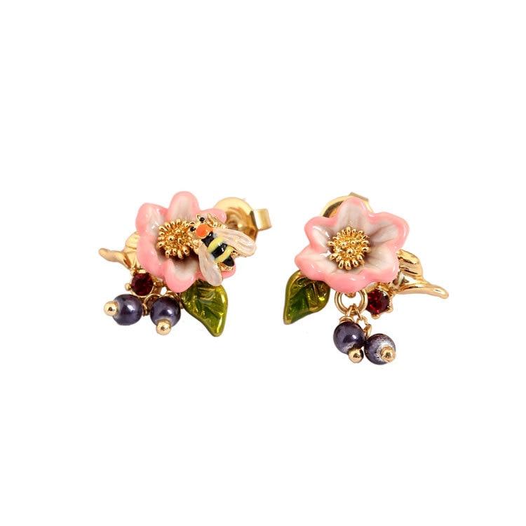 Dyxytwe women elegant noble rose flower stud earrings bee short tassel earrings