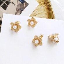 Personality geometry made of metal earring flower shapes earrings worn daily by small lady style earrings 's delicate earrings цена в Москве и Питере
