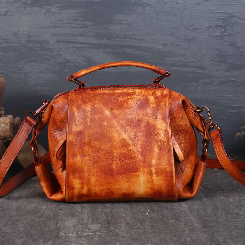 Vintage Genuine Leather Ladies Handbag 2017 New Autumn And Winter Shoulder Bag Solid Zipper Messenger Bag Fashion Handbags
