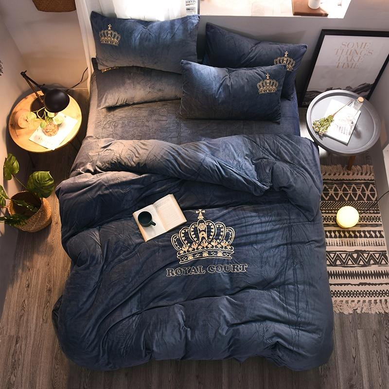 4pcs Crystal Flannel The crown Bedding set Winter Warm Fleece golden embroidery Duvet cover set Bed
