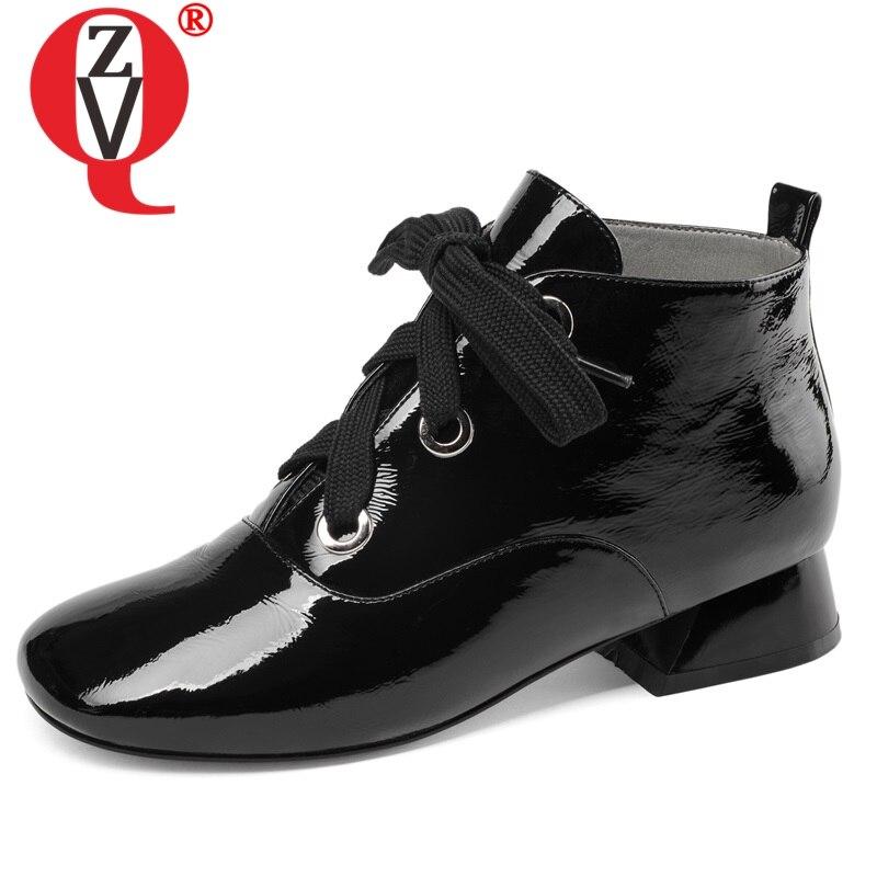 Zvq 2019 새로운 고품질 특허 가죽 여성 신발 낮은 사각형 발 뒤꿈치 레이스 업 광장 발가락 흑백 발목 부츠 크기 33 43-에서앵클 부츠부터 신발 의  그룹 1