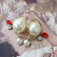 DZ Double Pearl Beads With Red Crystal Cuff Stud Earring Fashion Round Pearl Beads Design Women Wedding Jewelry(China)