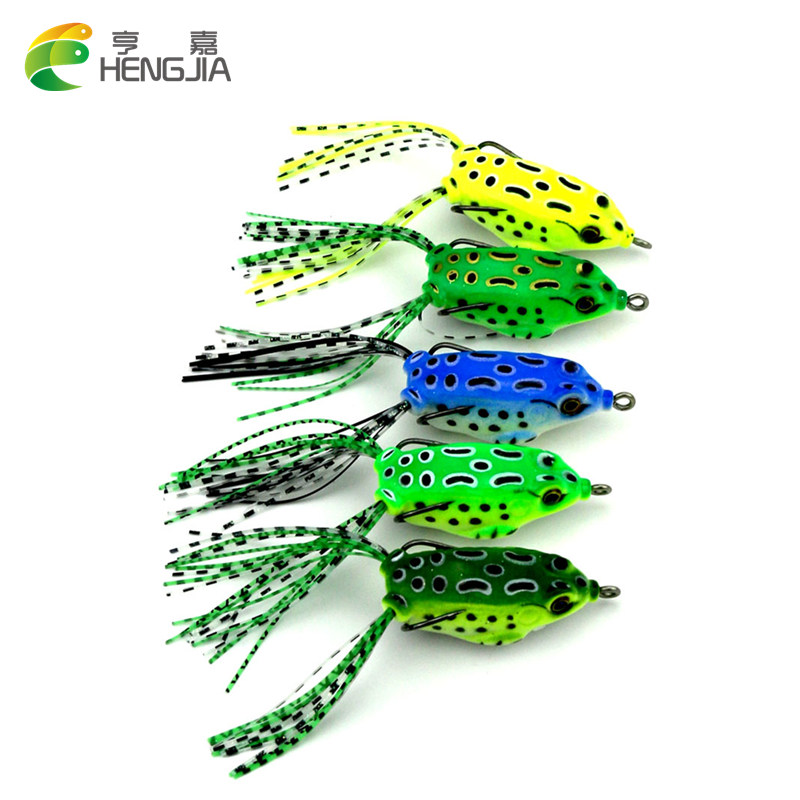 все цены на HENGJIA 5Pcs Soft frog Plastic Fishing lures Frog lure 5.5CM 8G With Hook Top Water isca Artificial floating Fishing Tackle онлайн