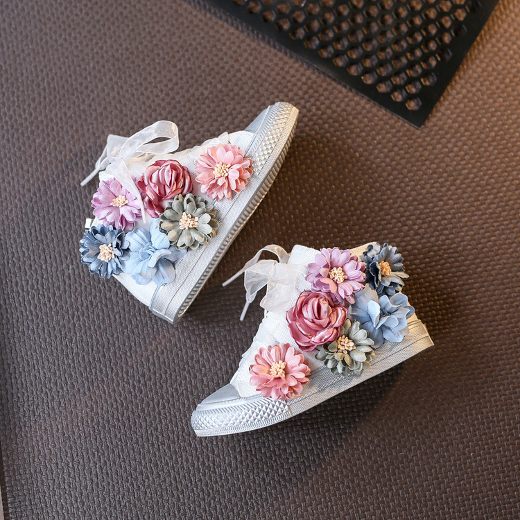 2017 New Flowers Cut Out Dirty Casual Shoes For Women Girls Canvas Shoes with flowers High Top Shoes women Female Flat Shoes