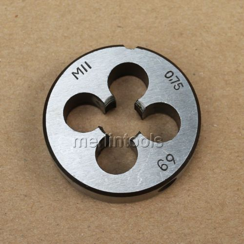 11 мм x. 75 метрический правосторонний шаг M11 x 0,75 мм