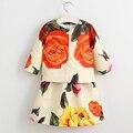 Ropa de las muchachas juegos de disfraces para niños ropa 2017 marca ropa de niños sets chicas chándales flor chaqueta + dress trajes para bebés