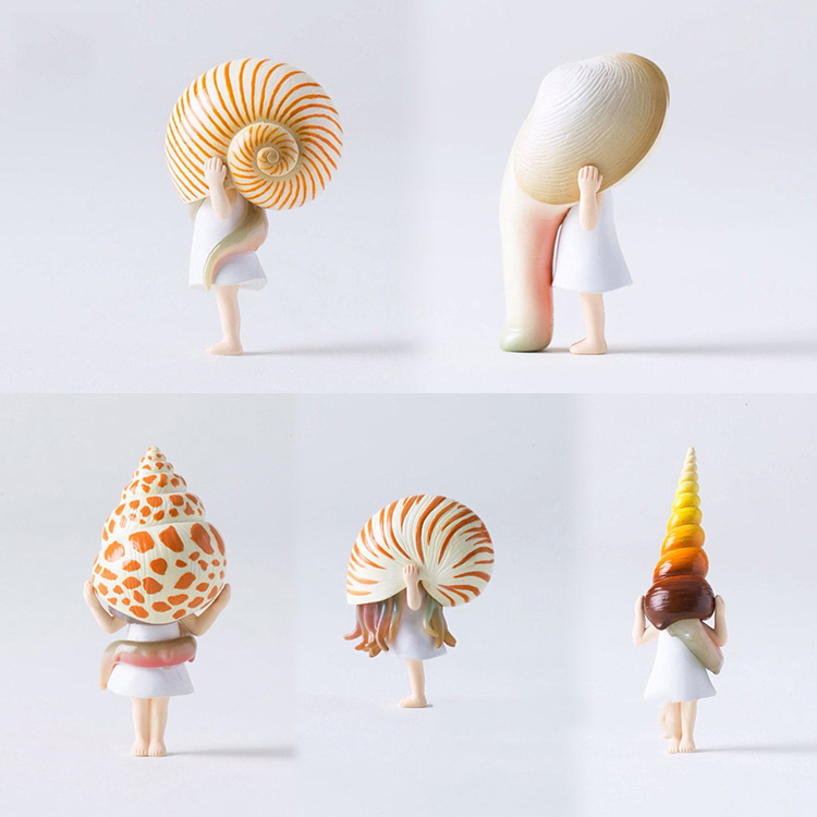 Japanese Original Capsule Toys Cute Kawaii Cartoon Overestimate Conch Sea Snail Shell Girl Figures Collectible Desk Model