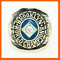 1955 LOS ANGELES DODGERS WORLD SERIES CHAMPIONSHIP RING IN US SIZE 11
