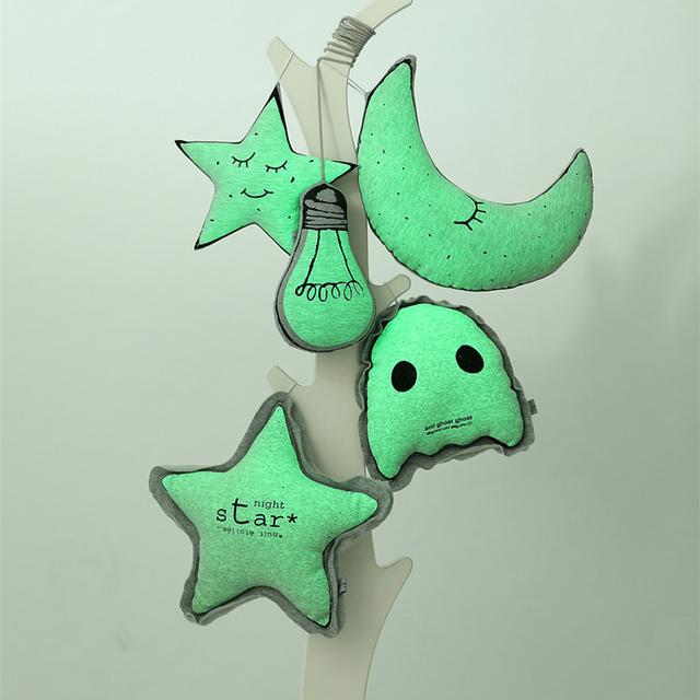 3 pcs 6 pçs/set Educacionais Do Bebê Travesseiros Estrela Lua Lâmpada Quarto Crianças Decorativa Travesseiro Crianças Algodão Almofada Brilham No Escuro cinza Brinquedos