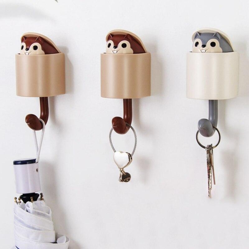 Wall Mounted Adhesive Plastic Cartoon Squirrel Decorative Hooks Coat Hanger Hat Rack Key Sundries Organizer