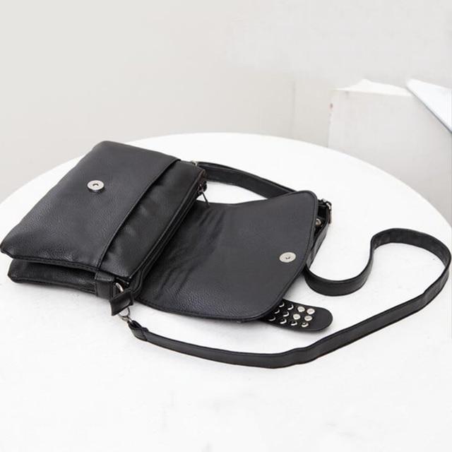 DIINOVIVO 2021 New Rivet Women Bag PU Leather Shoulder Bags Skull Bag Punk Crossbody Bags For Women Chain Messenger Bag WHDV0934 6