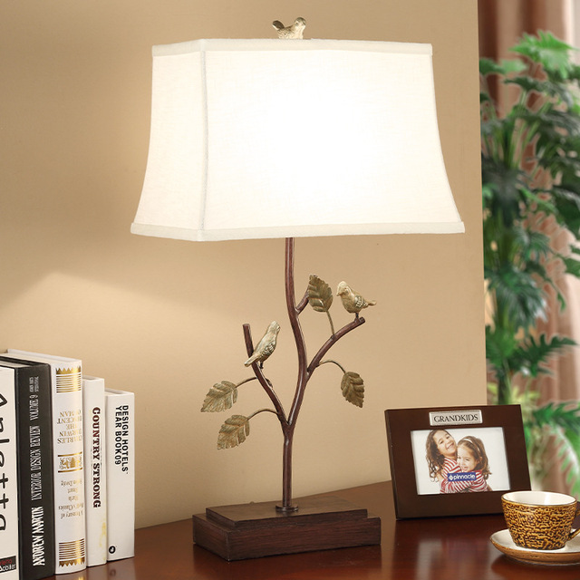 TUDA 38X70cm Free Shipping American Style Table Lamps Creative Retro Bird  Statue Resin Table Lamp For