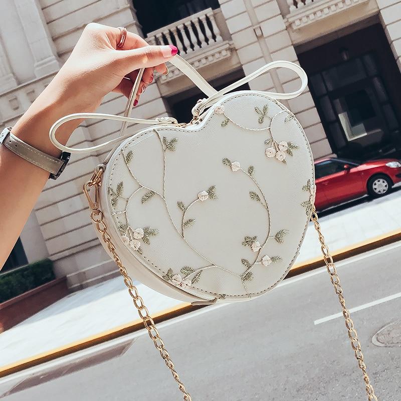 2019 Summer New Heart-shaped Handbag Quality PU Leather Women's Designer Handbag Lace Flower Tote Chain Shoulder Messenger Bag