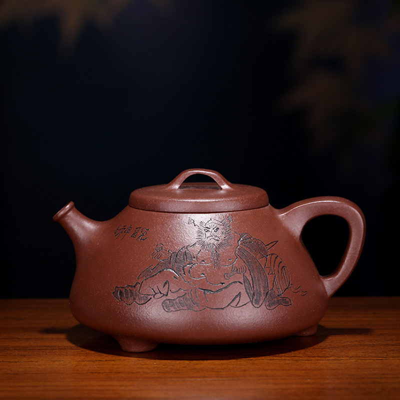 by ming-wei liu all hand undressed ore doors of purple clay stone gourd ladle paint pot teapot tea set on saleby ming-wei liu all hand undressed ore doors of purple clay stone gourd ladle paint pot teapot tea set on sale