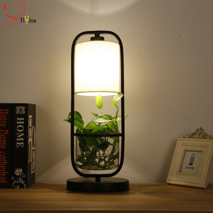 Moderne simple plante en pot lampe de table chambre for Lampe de table rona