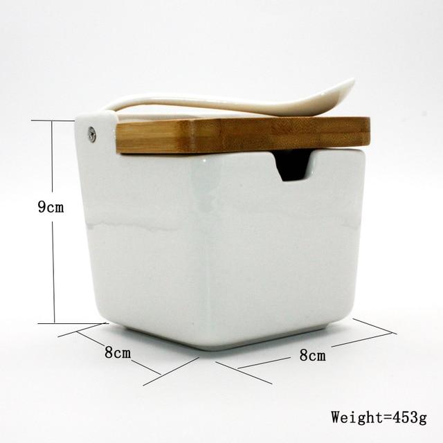Creative ceramic seasoning can seasoning box seasoning bottle Japanese bamboo and wood lid seasoning can salt tank set