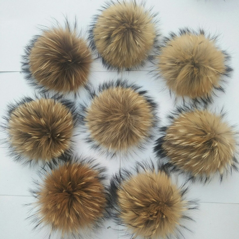 Really Natural Animal Raccoon Hair Ball 12-15cm Large Pompom With Buckle Brooch Pin Beanies Knitted Hats Caps Accessories