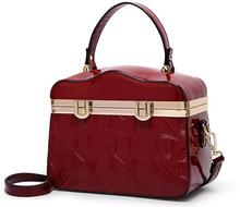 New Glossy Shoulder Bags for Women 2018 Designer Vintage Ladies Patent Leather Handbag Female Makeup Box Bags Black Blue B114