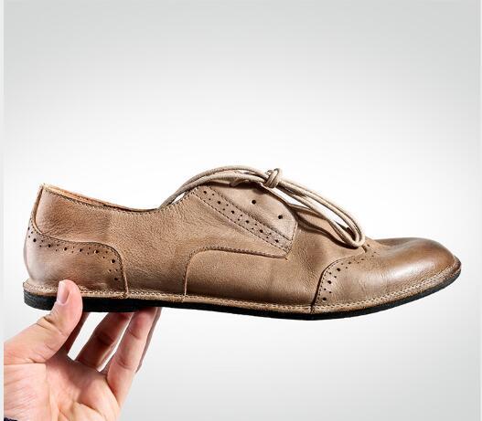 Vintage Style Men Formal Business Shoes British Carved Leather Lazy Shoes Flat heel Spring Summer Hot 2018Vintage Style Men Formal Business Shoes British Carved Leather Lazy Shoes Flat heel Spring Summer Hot 2018