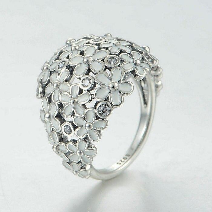 Compatible avec les bijoux de style européen émail blanc daisy 925 argent Sterling fête des mères cadeau marque anneaux bricolage fabrication