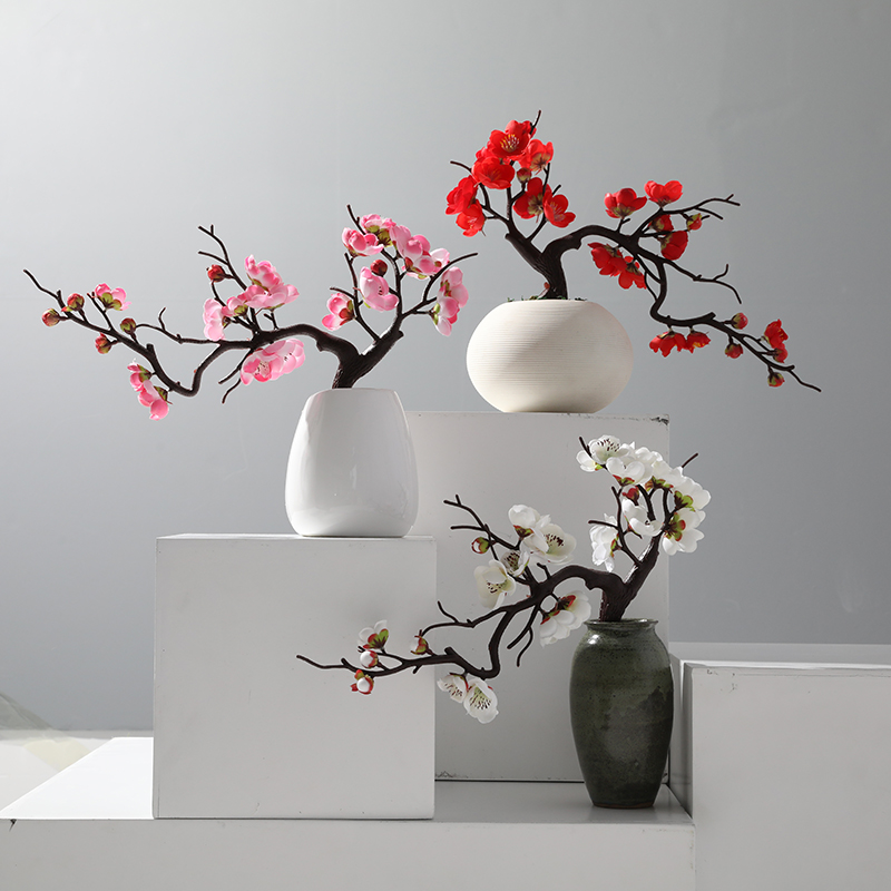 Xuanxiaotong 1pcs Red Plum Blossom Branches Artificial Flowers For Outdoor Wedding Decoration Flowers Winter Plant Home Decor