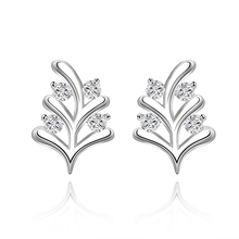 Selling 925 sterling silver jewelry fashion simple foliage clip clip inlaid zircon creative earrings sweet girl's jewelry(China)