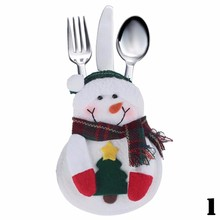 1pcs Xmas Decor Lovely Snowman Kitchen Tableware Holder Pocket Dinner Cutlery Bag Party Christmas table decoration cutleryKT0541