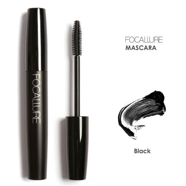 Producto de Importación  Juego de maquillaje Iluminador y bronceador Brillo de labios máscara delineador de ojos