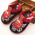 2016 Frete grátis Verão Crianças Sandálias Sapatos Sandálias de Praia Não-deslizamento Do Carro Arrastar Carros Carton Meninos meninas Bebê Chinelo sapatos em casa