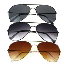 Mooistar #3002 Unisex Men Women Classic Metal Designer Sunglasses + Case Goggles