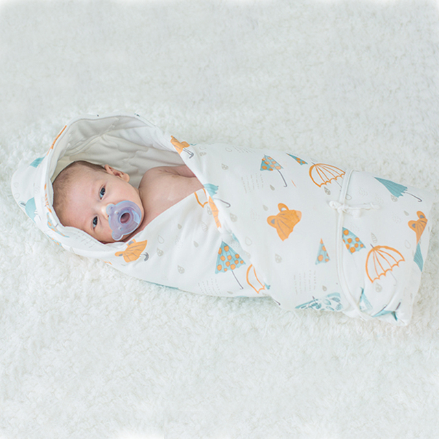 Comfy White Baby Blanket with Cute Design