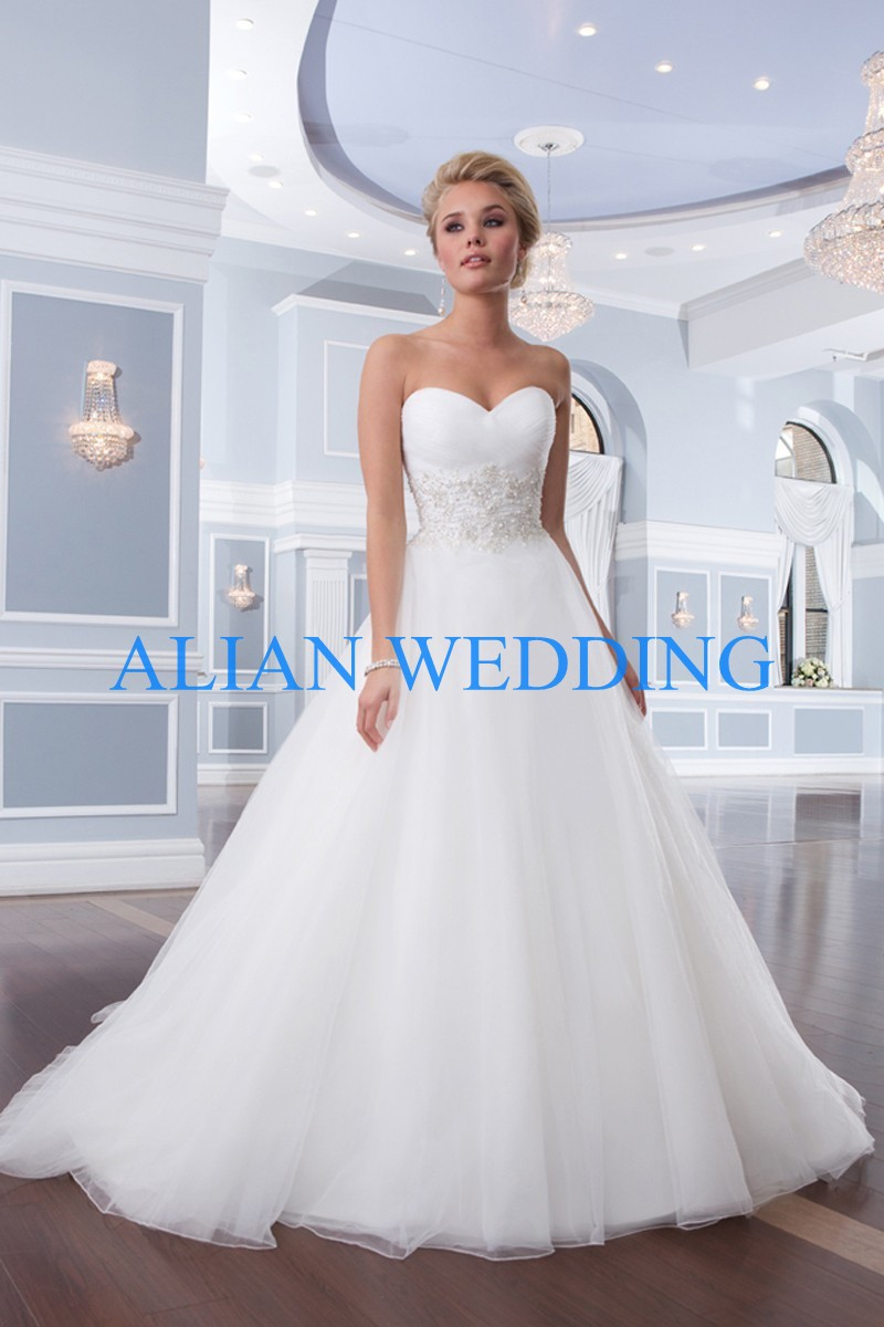 Latest design bridal gowns made in china sweetheart for Cheap wedding dresses made in china